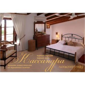 Ліжко кассандра на дерев'яних ніжках Метал-дизайн
