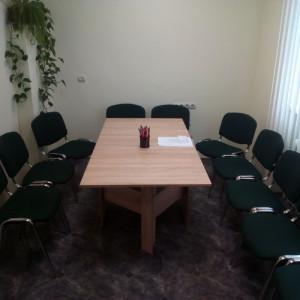 офісні меблі на замовлення Україна